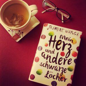 Mein-Herz-und-andere-schwarze-Löcher-Foto-Bild-Fischer-Sauerländer-Cover