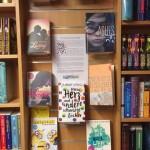 Buchhandlung-Dienstbier-2-JuBu-Bücherwand