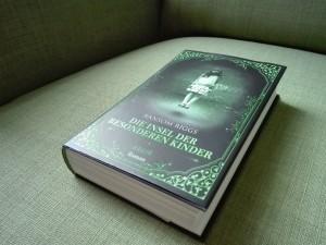 DieInselderbesonderenKinder-RandomRiggs-Hardcover-2