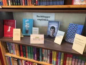 BuchhandlungSedlmair_Buchtipps_Brösels_Bücherregal_092016