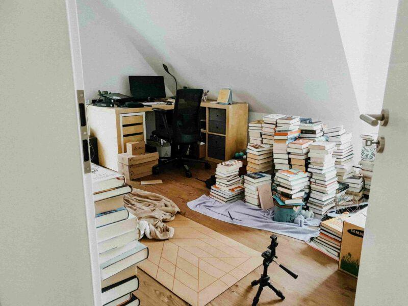 2021 Blog-Restart Brösels neues Bücherzimmer
